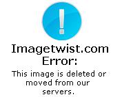 韩国美女在家里直播揉胸扣逼真是够拼的,这么漂亮真是网友的福利啊